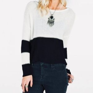 Volcom   Cropped Oversized Sweater